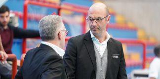 Il DS Gabriele Pavan a colloquio con coach Zambonin